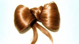 Extensions: Lange Haare auf Bestellung